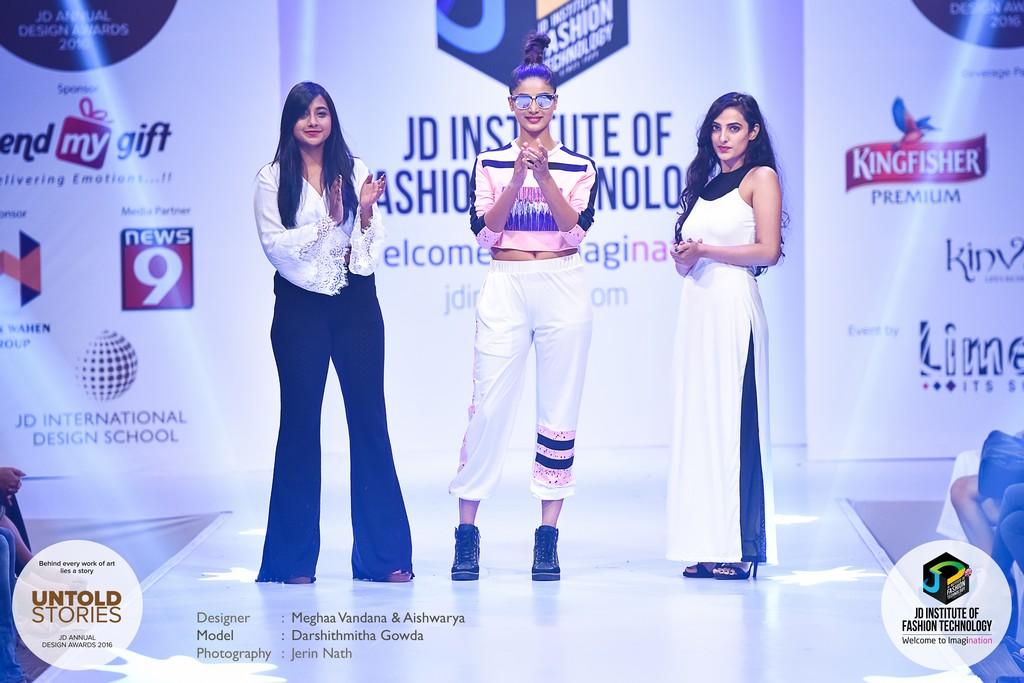 "JD Annual Design Awards 2016 – Untold Stories : ""MAKE A MOVE"" Designer : Meghaa Vandana & Aishwarya Gunjal Photography : Jerin Nath  - 8 - JD Annual Design Awards 2016 – Untold Stories : ""MAKE A MOVE"""