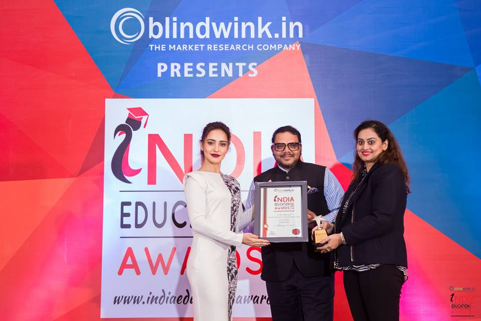 best fashion and interior design institute in india - Best Fashion and Interior Design Institute in India 2 - Best Fashion and Interior Design Institute in India – Award Received