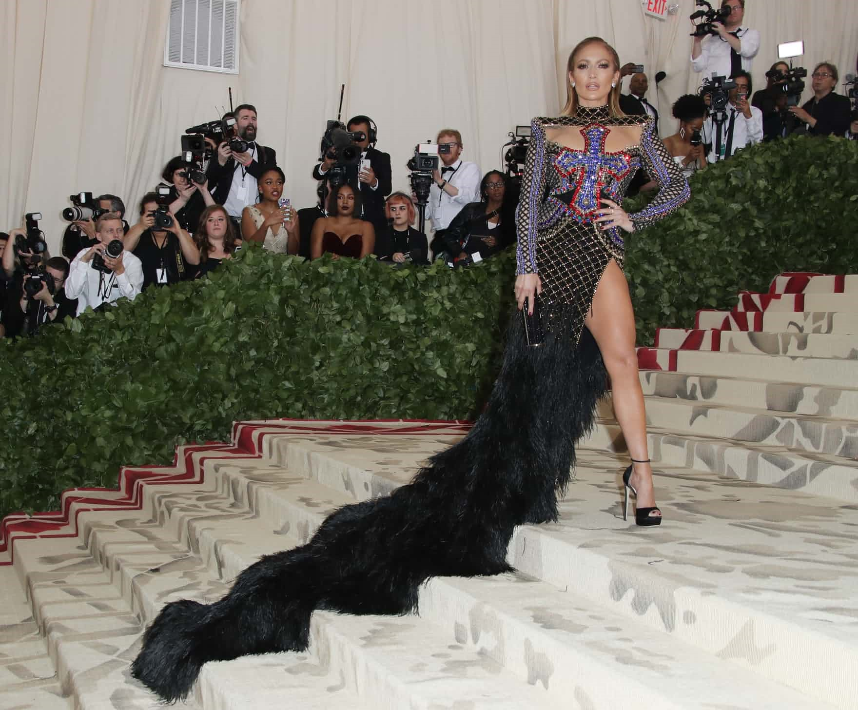 In the name of Fashion met gala - jennifer - In the name of Fashion, Amen – Heavenly Bodies and Catholic Imagination – Met Gala Review