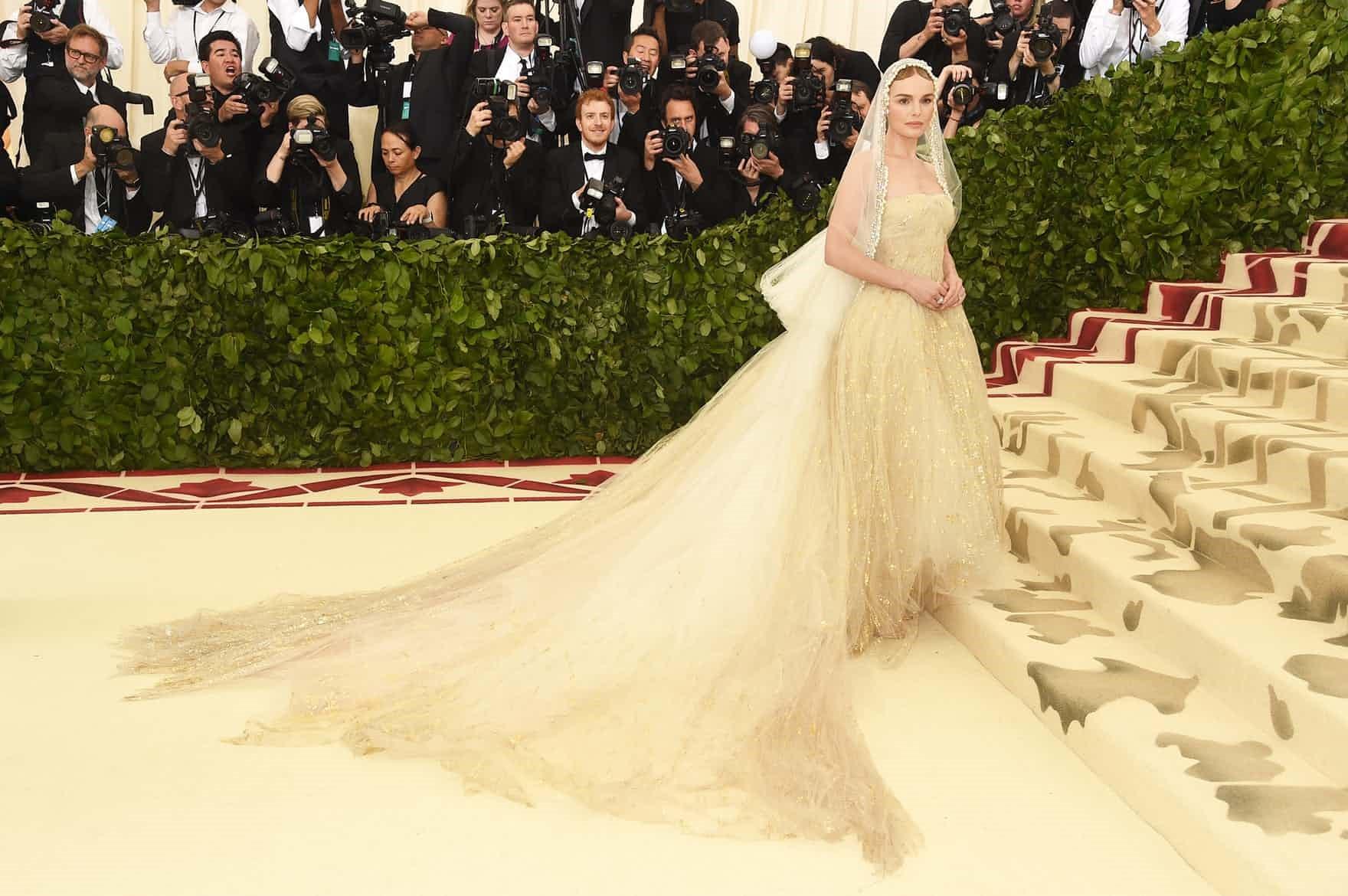 In the name of Fashion met gala - oscar de la renta - In the name of Fashion, Amen – Heavenly Bodies and Catholic Imagination – Met Gala Review
