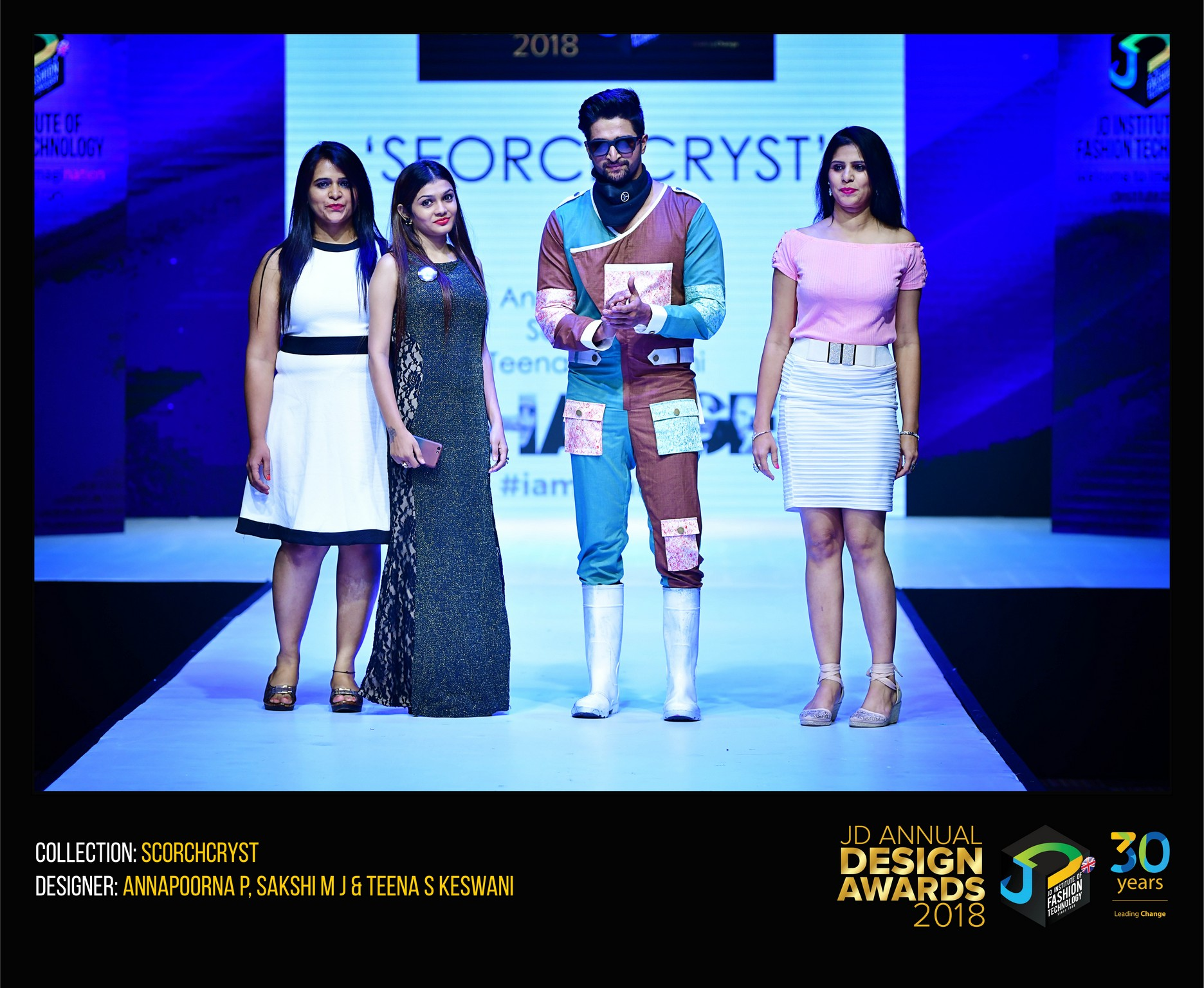 Scorch Cryst – Change – JD Annual Design Awards 2018 | Designer: Annapoorna, Ishika and Teena | Photography : Jerin Nath (@jerin_nath) scorch cryst - SCORCHCRYST 11 - Scorch Cryst – Change – JD Annual Design Awards 2018