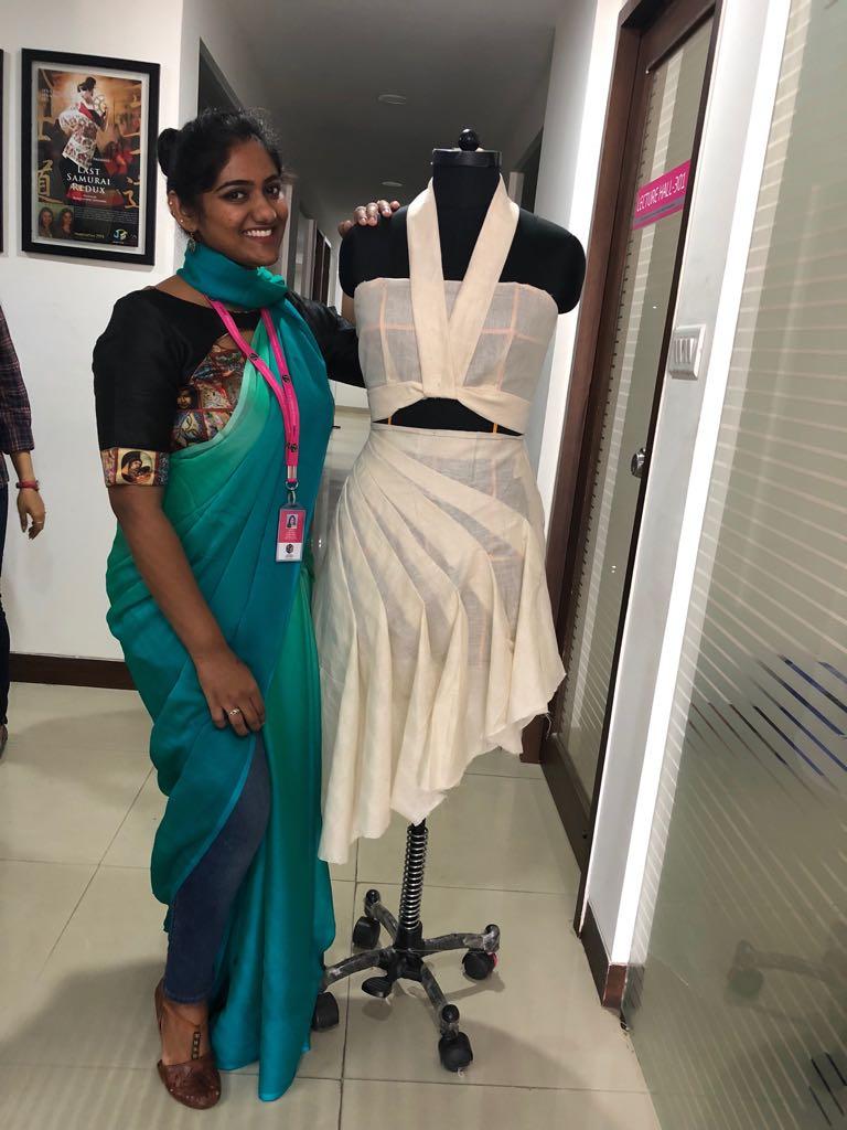 Art of Fashion Draping in Fashion designing art of fashion draping in fashion designing - fashion draping10 - Art of Fashion Draping in Fashion designing | JD Institute