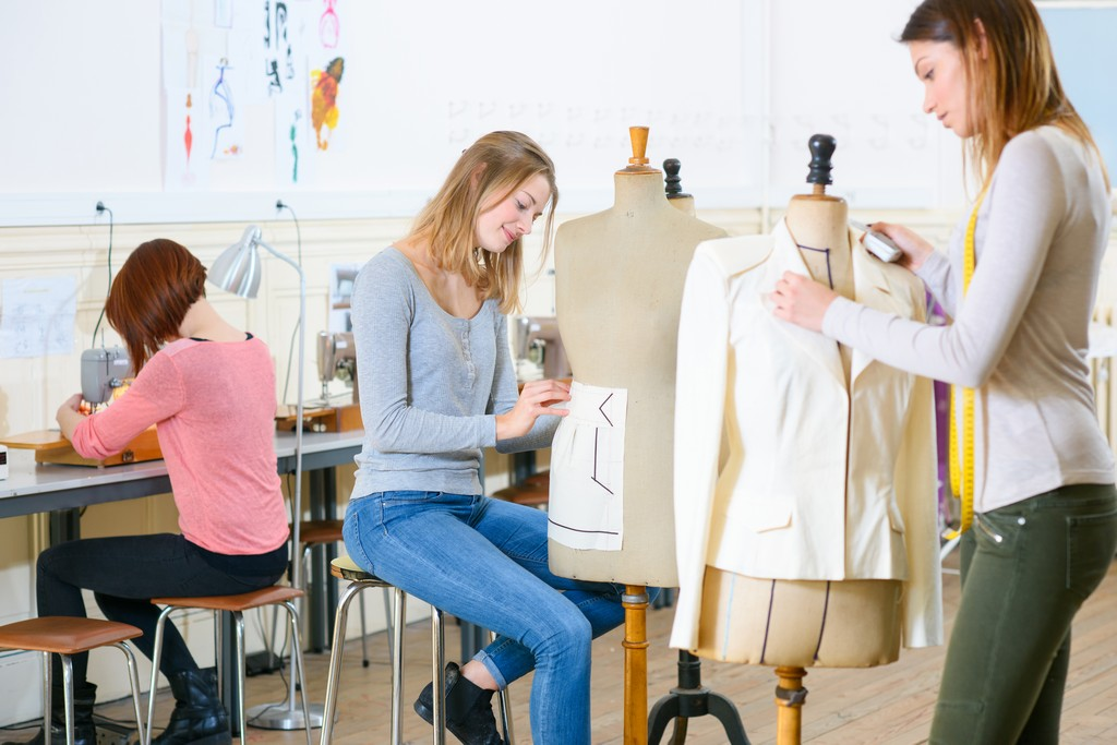 how to become a fashion designer - Fashion Designing Subjects 1 - How to Become a Fashion Designer Without a Degree