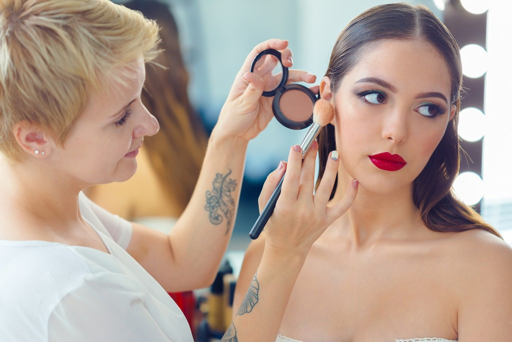 How to Become a Makeup Artist how to become a makeup artist - Become a Makeup Artist 3 - How to Become a Makeup Artist