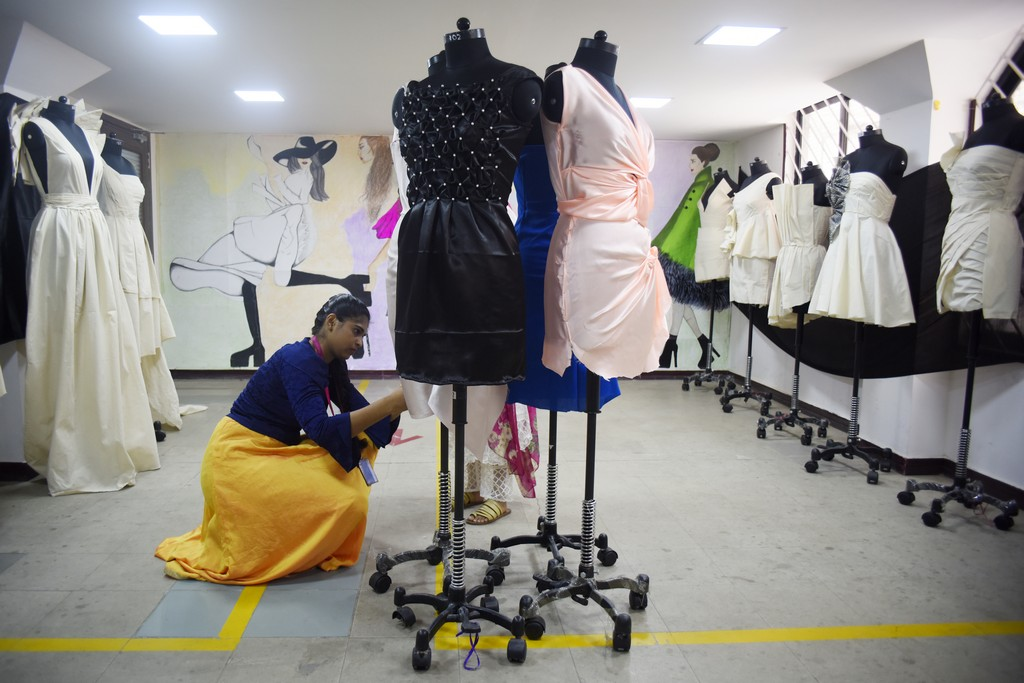 the art of fold - The Art of Fold 5 - The Art of Fold | Draping exhibition by Fashion department