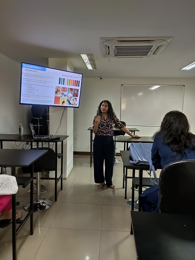 a seminar on export house operations - IMG 20190627 112645 - A seminar on Export House Operations by an Industry Expert