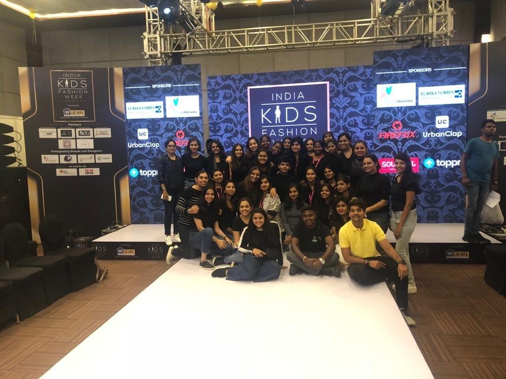 india kids fashion week 2019 - kids show 2 - JEDIIIANS VOLUNTEER AT INDIA KIDS FASHION WEEK 2019