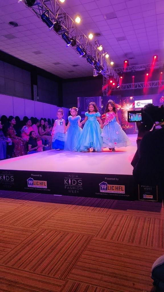 INDIA KIDS FASHION WEEK 2019 india kids fashion week 2019 - kids show - JEDIIIANS VOLUNTEER AT INDIA KIDS FASHION WEEK 2019