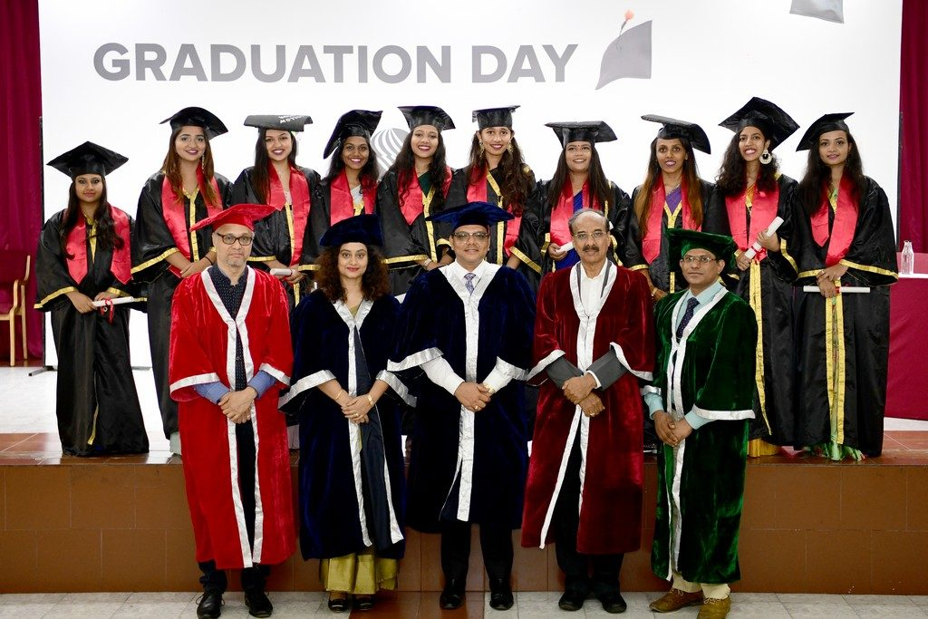 JD INSTITUTE MARKS ACHIEVEMENTS OF ITS BSC STUDENTS THROUGH GRADUATION CEREMONY jd institute - DSC 8250 1024x683 - GET SET GO- JD INSTITUTE MARKS ACHIEVEMENTS OF ITS BSC STUDENTS THROUGH GRADUATION CEREMONY