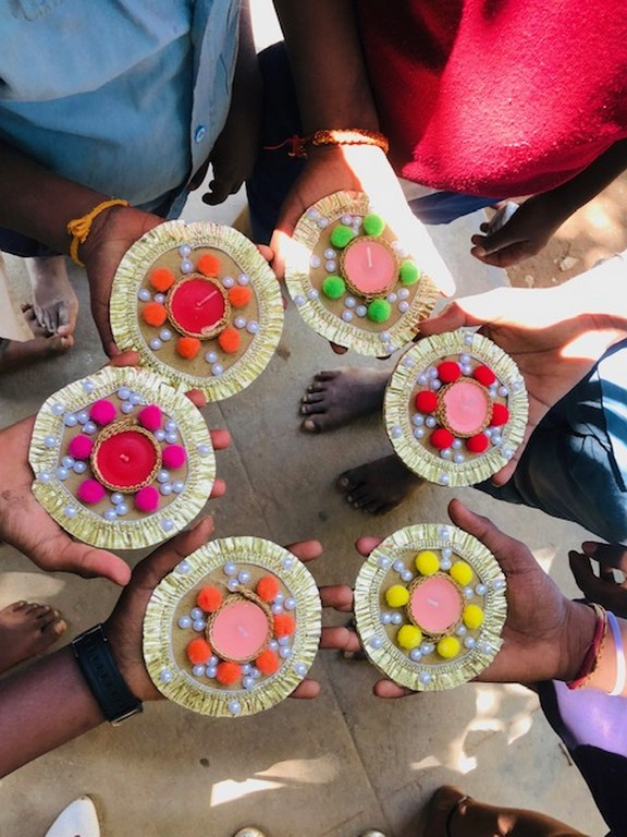spark a smile: jediiians teach underprivileged children - SPARK A SMILE 6 - SPARK A SMILE: JEDIIIANS TEACH UNDERPRIVILEGED CHILDREN