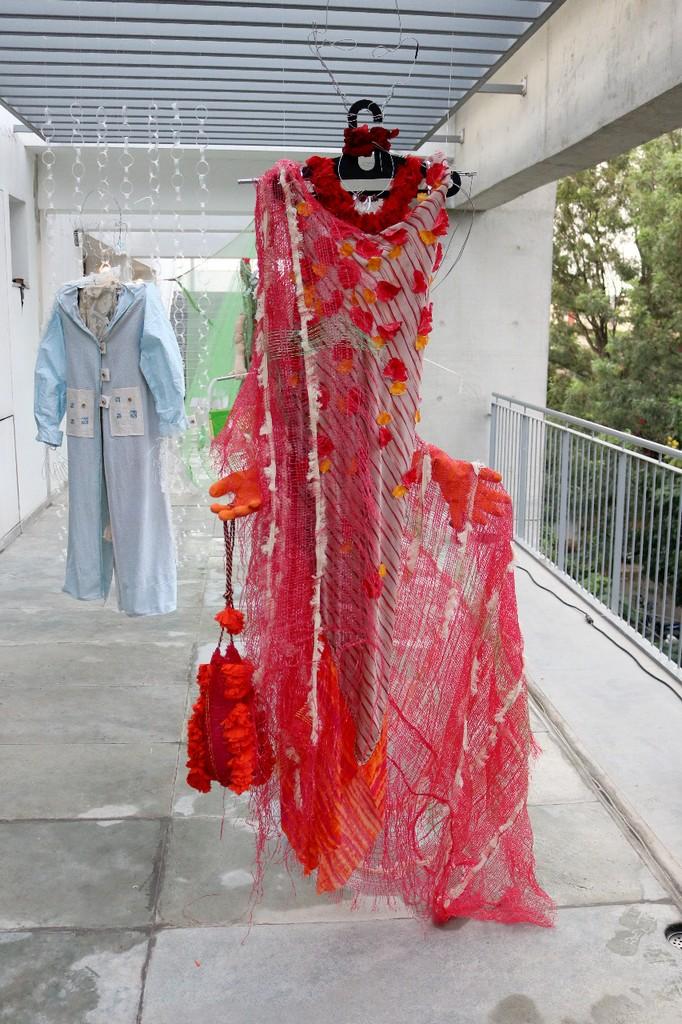 creating textural sculptures – a fashion perspective - 1 13 - CREATING TEXTURAL SCULPTURES – A FASHION PERSPECTIVE