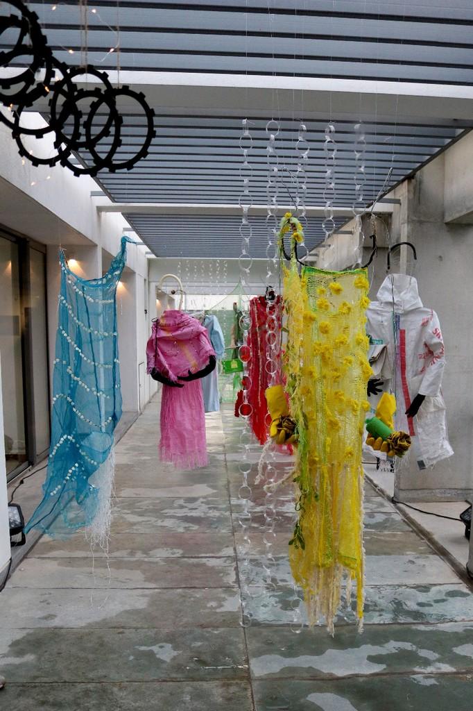 creating textural sculptures – a fashion perspective - 1 14 - CREATING TEXTURAL SCULPTURES – A FASHION PERSPECTIVE