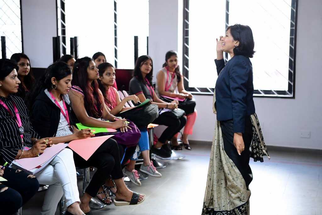 zivame - ZIVAME 4 - ZIVAME CONDUCTS A SESSION AT JD INSTITUTE OF FASHION TECHNOLOGY, BANGALORE