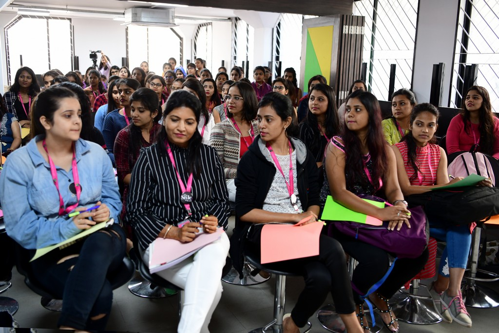 zivame - ZIVAME 5 - ZIVAME CONDUCTS A SESSION AT JD INSTITUTE OF FASHION TECHNOLOGY, BANGALORE