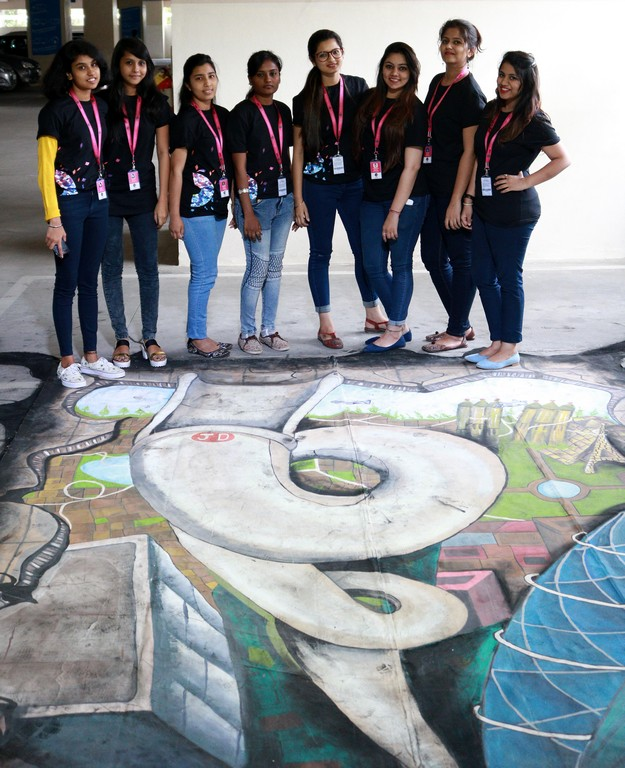 3d street art installation - 3D Street Art Installation4 - 3D Street Art Installation – Decathlon Sports Utsav