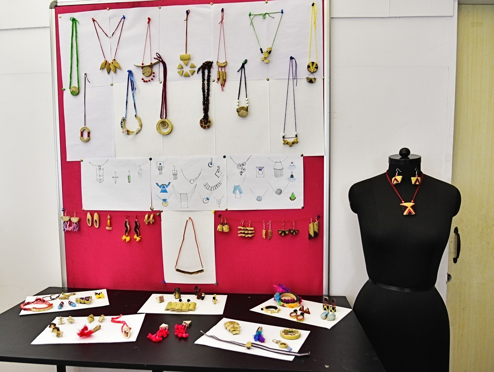 bamboo workshop - Bamboo workshop by Jigna Bhadeshiya 11 - Bamboo workshop by Jigna Bhadeshiya – Jewellery Design Department