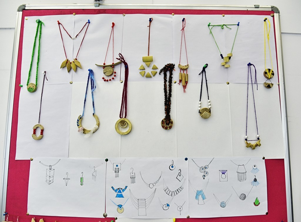 bamboo workshop - Bamboo workshop by Jigna Bhadeshiya 15 - Bamboo workshop by Jigna Bhadeshiya – Jewellery Design Department