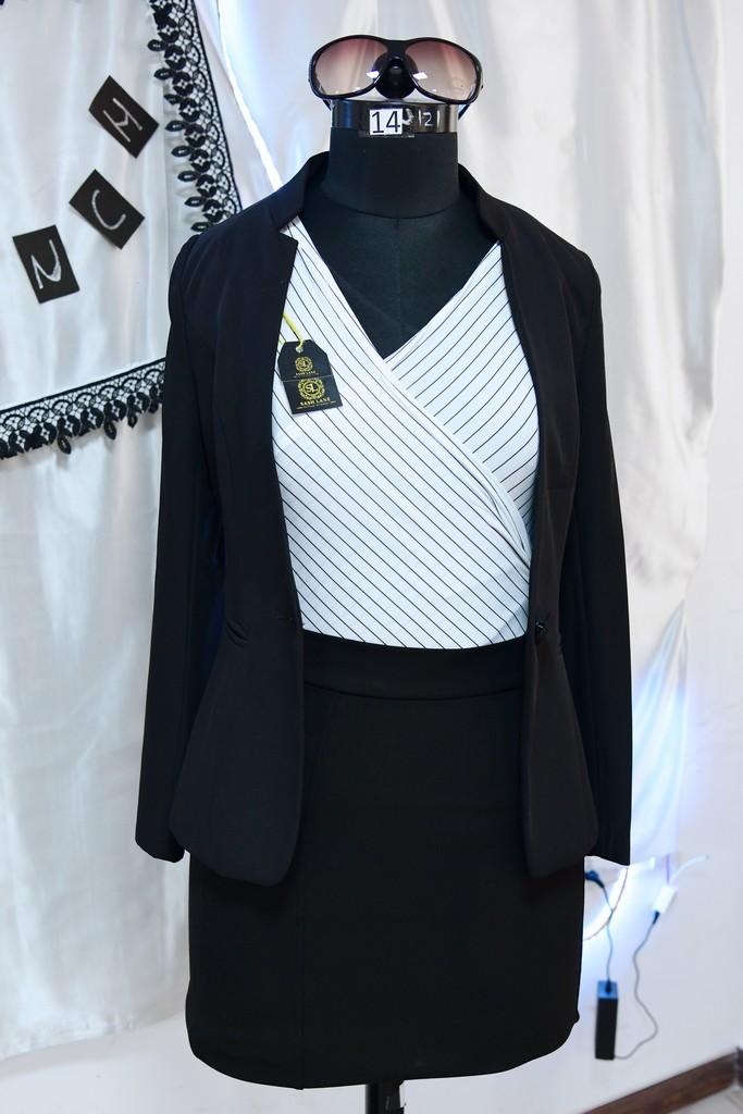 boutique management - PGDFDBM 2019 Boutique Management 11 - FASHION MANAGEMENT STUDENTS PRESENT BOUTIQUE MANAGEMENT CONCEPTS