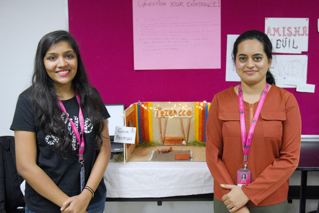 students of interior design display miniature retail space layouts - STUDENTS OF INTERIOR DESIGN DISPLAY MINIATURE RETAIL SPACE LAYOUTS 10 - STUDENTS OF INTERIOR DESIGN DISPLAY MINIATURE RETAIL SPACE LAYOUTS