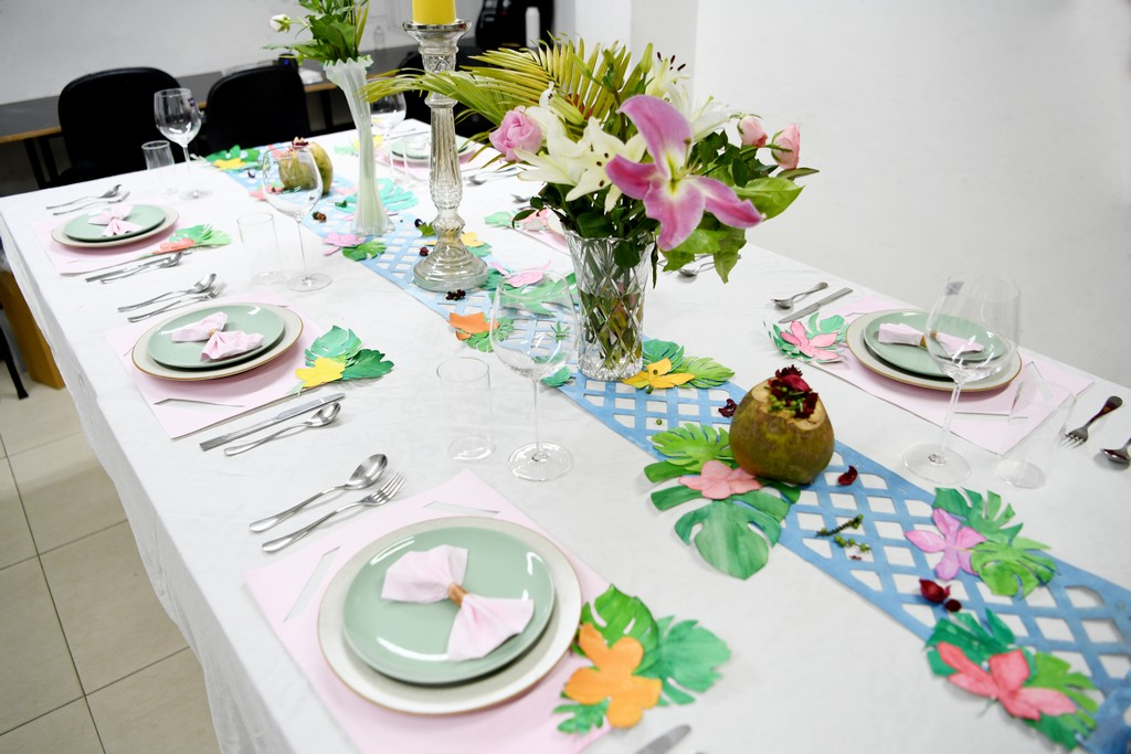 dining setup - DINING SETUP OPTIONS BY INTERIOR DESIGN STUDENTS 15 - DINING SETUP OPTIONS BY INTERIOR DESIGN STUDENTS