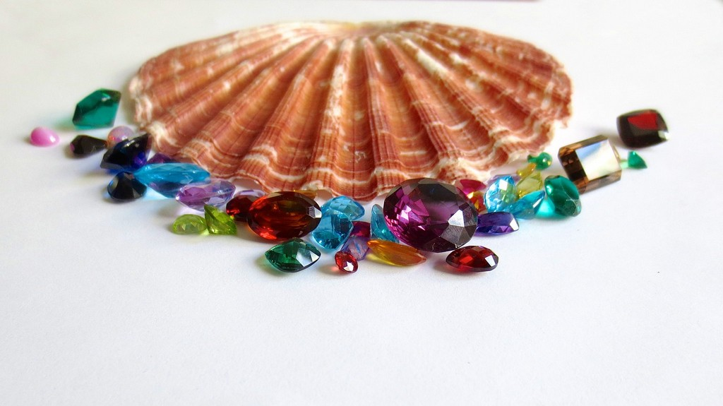 gemology - WHAT IS GEMOLOGY CAN IT BE A CAREER OPTION 4 - WHAT IS GEMOLOGY? CAN IT BE A CAREER OPTION?