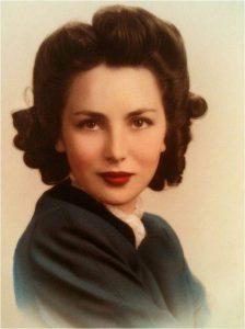 lipstick - 1940s woman 224x300 - Evolution of Lipstick