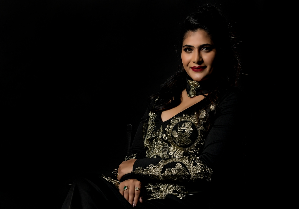 Neha Saxena neha saxena - Neha Saxena 2 - JD INSTITUTE COLLABORATED WITH ACTRESS NEHA SAXENA FOR THEIR #RISEAGAIN CAMPAIGN