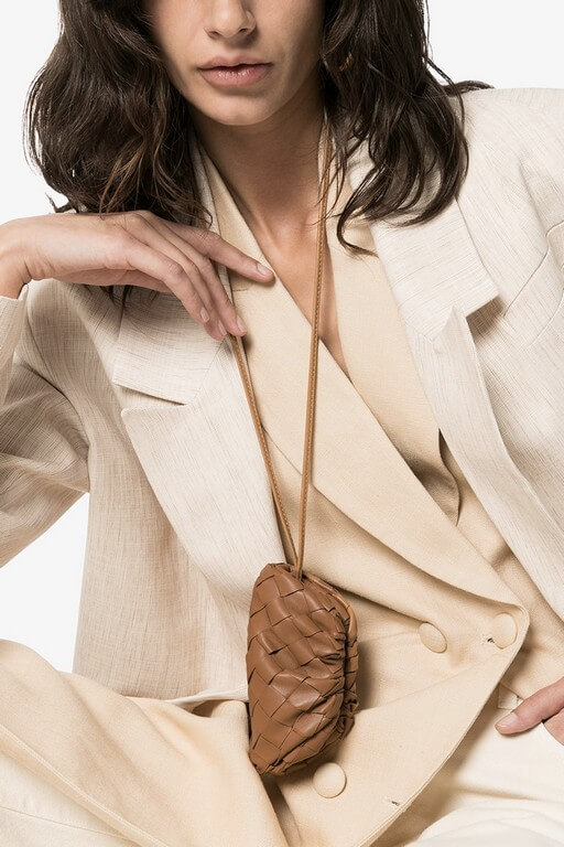 5 Jewellery Trends 2021 We Are Thrilled About! jewellery trends 2021 - Pouch Necklace by Bottega Veneta 2 - 5 Jewellery Trends 2021 We Are Thrilled About!