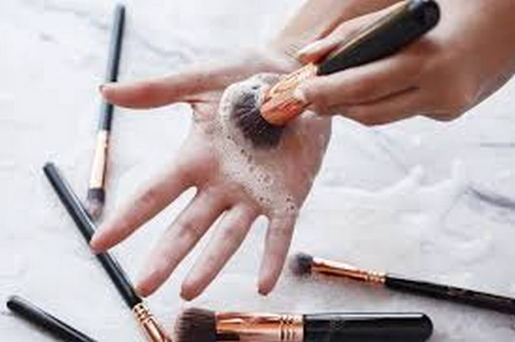 Tips to take care of your Makeup Brushes makeup brushes - Tips to take care of your Makeup Brushes 1 - Tips to take care of your Makeup Brushes