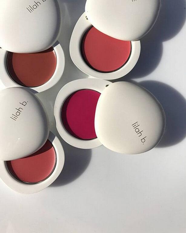 Makeup Application Using Hands? makeup application - Blush - Makeup Application Using Hands?