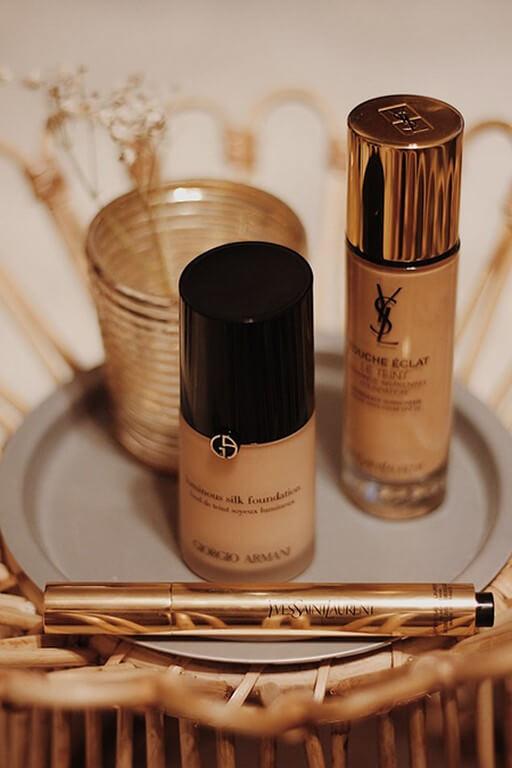 Makeup Application Using Hands? makeup application - Foundation - Makeup Application Using Hands?