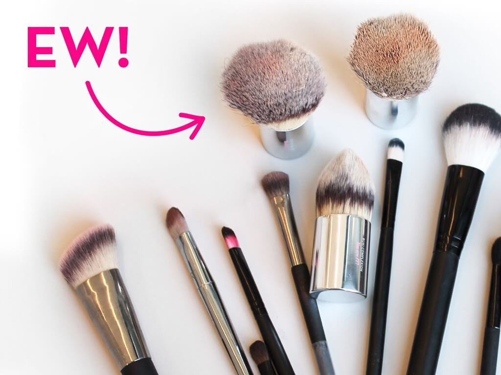 MAKEUP BRUSHES: How and Why you should keep them clean? makeup brushes - How often to clean makeup brushes  - MAKEUP BRUSHES: How and Why you should keep them clean?