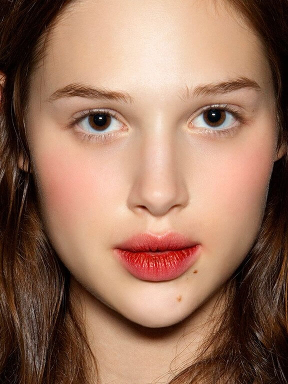 Lip and Cheek Tint 2 makeup trends - Lip and Cheek Tint 2 - MAKEUP TRENDS OF 2021: LESS IS MORE!