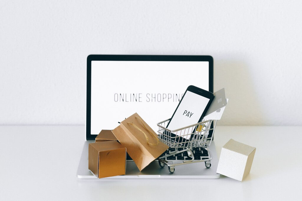 Jewellery Industry facing a shift during COVID-19 jewellery industry - Online shopping - Jewellery Industry facing a shift during COVID-19