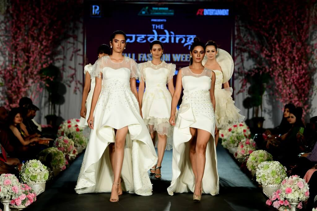 The Wedding Day by Fall Fashion Week witnessed alumni of JD Institute the wedding day - The Wedding Day by Fall Fashion Week witnessed alumni of JD Institute 24 - The Wedding Day by Fall Fashion Week witnessed alumni of JD Institute