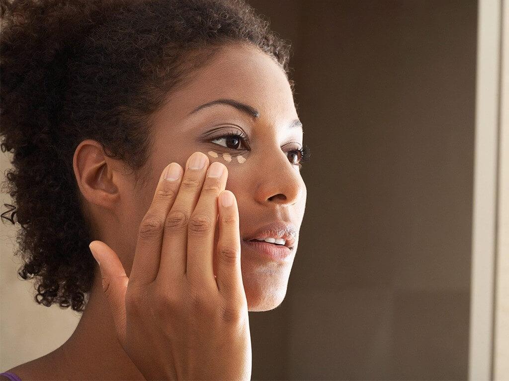 Makeup Application Using Hands? makeup application - Thumbnail - Makeup Application Using Hands?