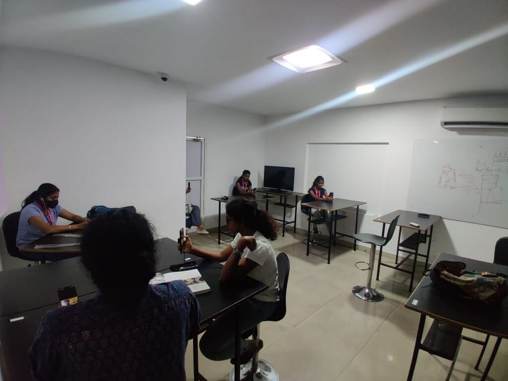 Virtual Campus drive by PVH Arvind Fashion Pvt. Ltd. at JD Cochin virtual campus drive - Virtual placement drive - Virtual Campus drive by PVH Arvind Fashion Pvt. Ltd. at JD Cochin