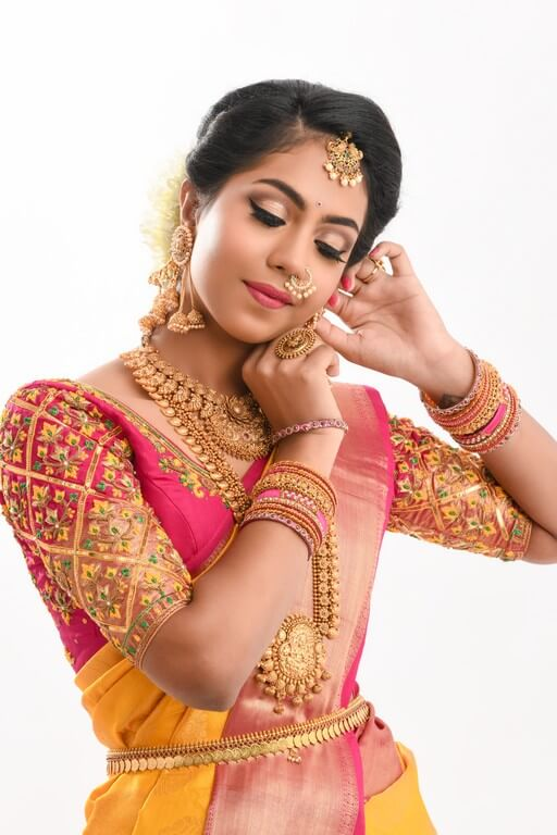 South Indian Bridal Workshop by Guest Faculty –Ms. Naina Singh south indian bridal look - eye makeup 1 - South Indian Bridal Look Workshop by Guest Faculty –Ms. Naina Singh