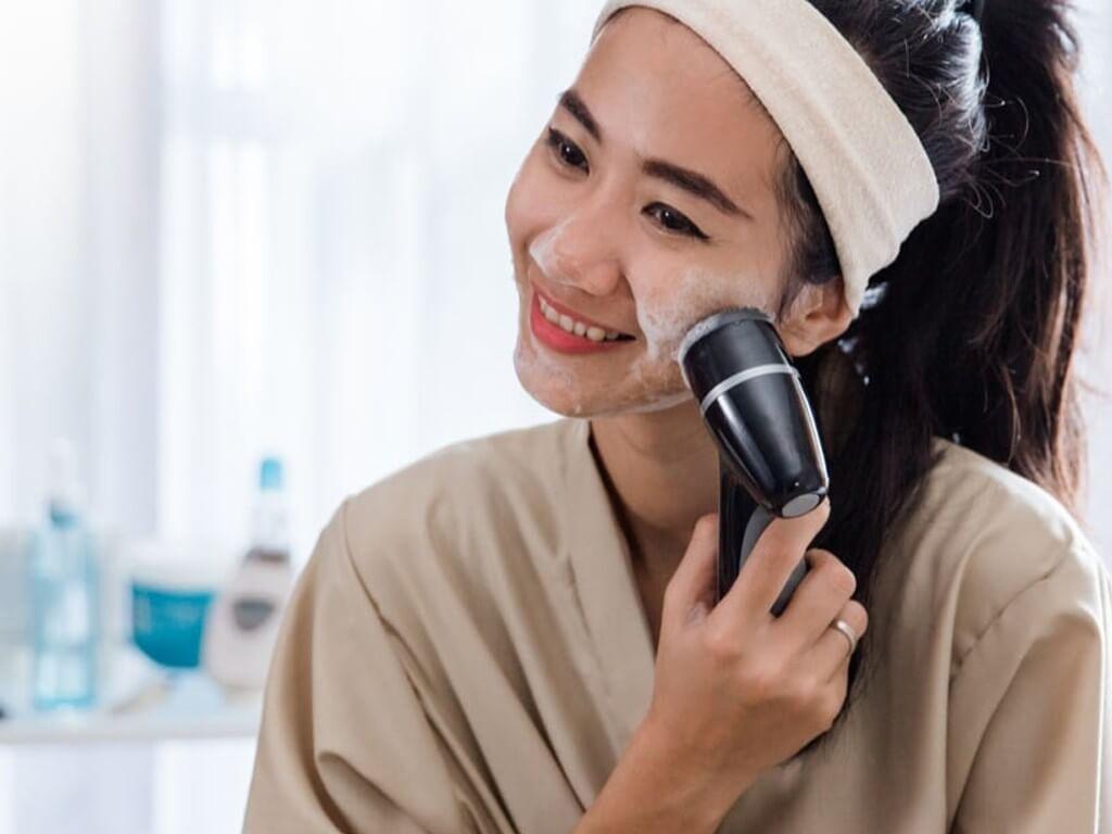 BEAUTY MARKET TRENDS 2022 beauty market trends - At home Beauty  - BEAUTY MARKET TRENDS 2022