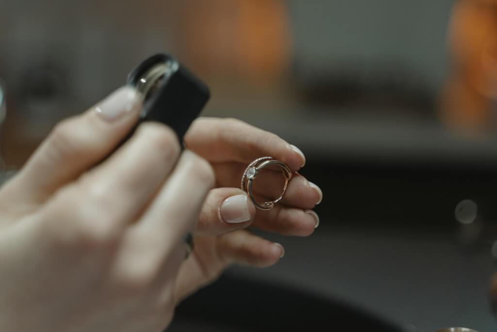 How to become a jewellery designer? jewellery designer - Jewellery Designer - How to become a jewellery designer?