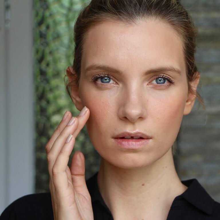 SUMMER MAKEUP: Tips and Tricks summer makeup - SUMMER MAKEUP Tips and Tricks 2 - SUMMER MAKEUP: Tips and Tricks