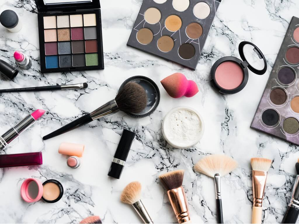 MAKEUP PRODUCTS UNDER 500 makeup products under 500 - Thumbnail 1 18 - MAKEUP PRODUCTS UNDER 500