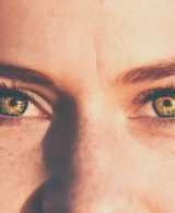 COLOURED CONTACT LENSES: EVERYTHING YOU NEED TO KNOW