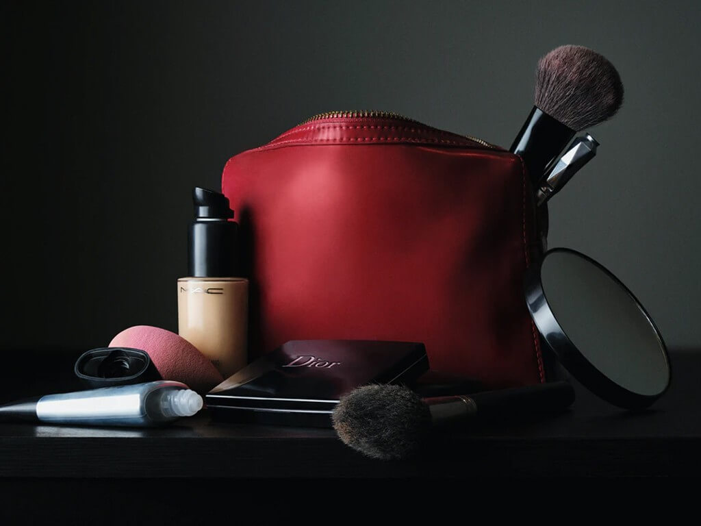 MAKEUP PRODUCTS: WHEN TO SPLURGE AND WHEN TO SAVE? makeup products - Thumbnail 2  - MAKEUP PRODUCTS: WHEN TO SPLURGE AND WHEN TO SAVE?