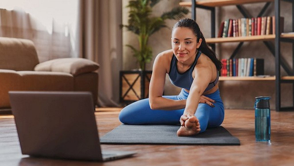 Activewear guide 101: All you need to know activewear - Working from home atheleisure - Activewear guide 101: All you need to know
