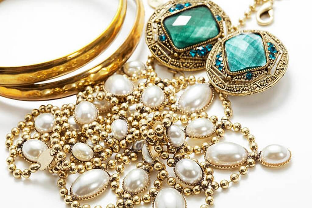 Art Deco Jewellery – Old World Sophisticated Chic art deco jewellery - Art Deco Jewellery     Old World Sophisticated Chic 2 - Art Deco Jewellery – Old World Sophisticated Chic