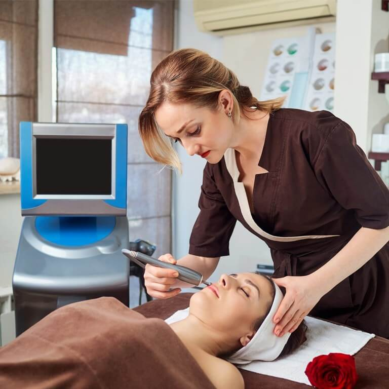CAREER OPPORTUNITIES IN THE BEAUTY AND WELLNESS INDUSTRY career opportunities - CAREER OPPORTUNITIES IN THE BEAUTY AND WELLNESS INDUSTRY Thumbnail 4 - CAREER OPPORTUNITIES IN THE BEAUTY AND WELLNESS INDUSTRY