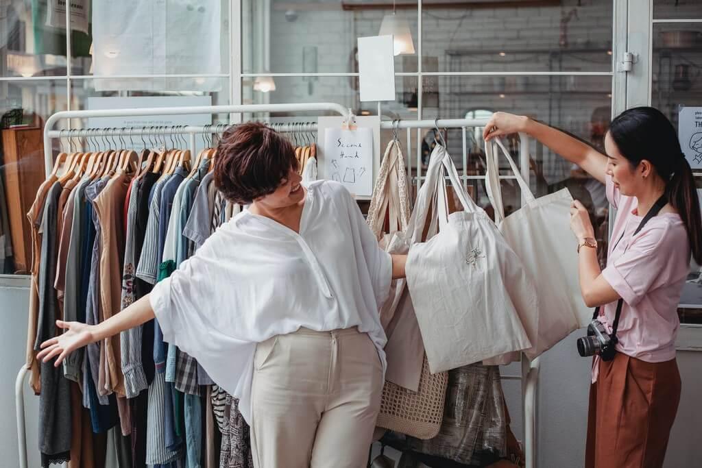 Fast fashion: its environmental impact fast fashion - Fashion shopping - Fast fashion: its environmental impact