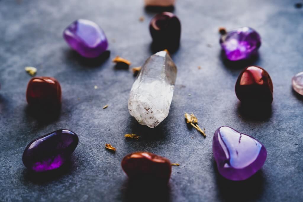 Gemstones – What different stones mean? gemstones - Gemstones 1 - Gemstones – What different stones mean?
