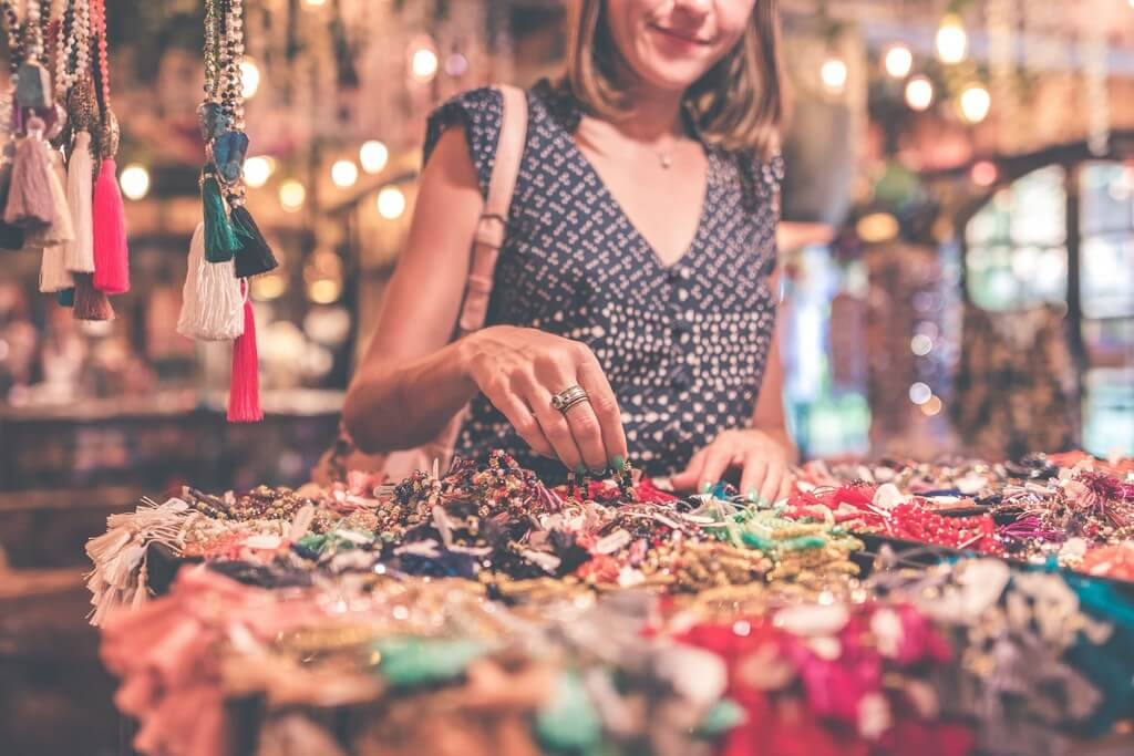 Jewellery Making - As a Hobby and for Profit jewellery making - Jewellery business - Jewellery Making – As a Hobby and for Profit